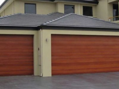 roll up doors for garage on house